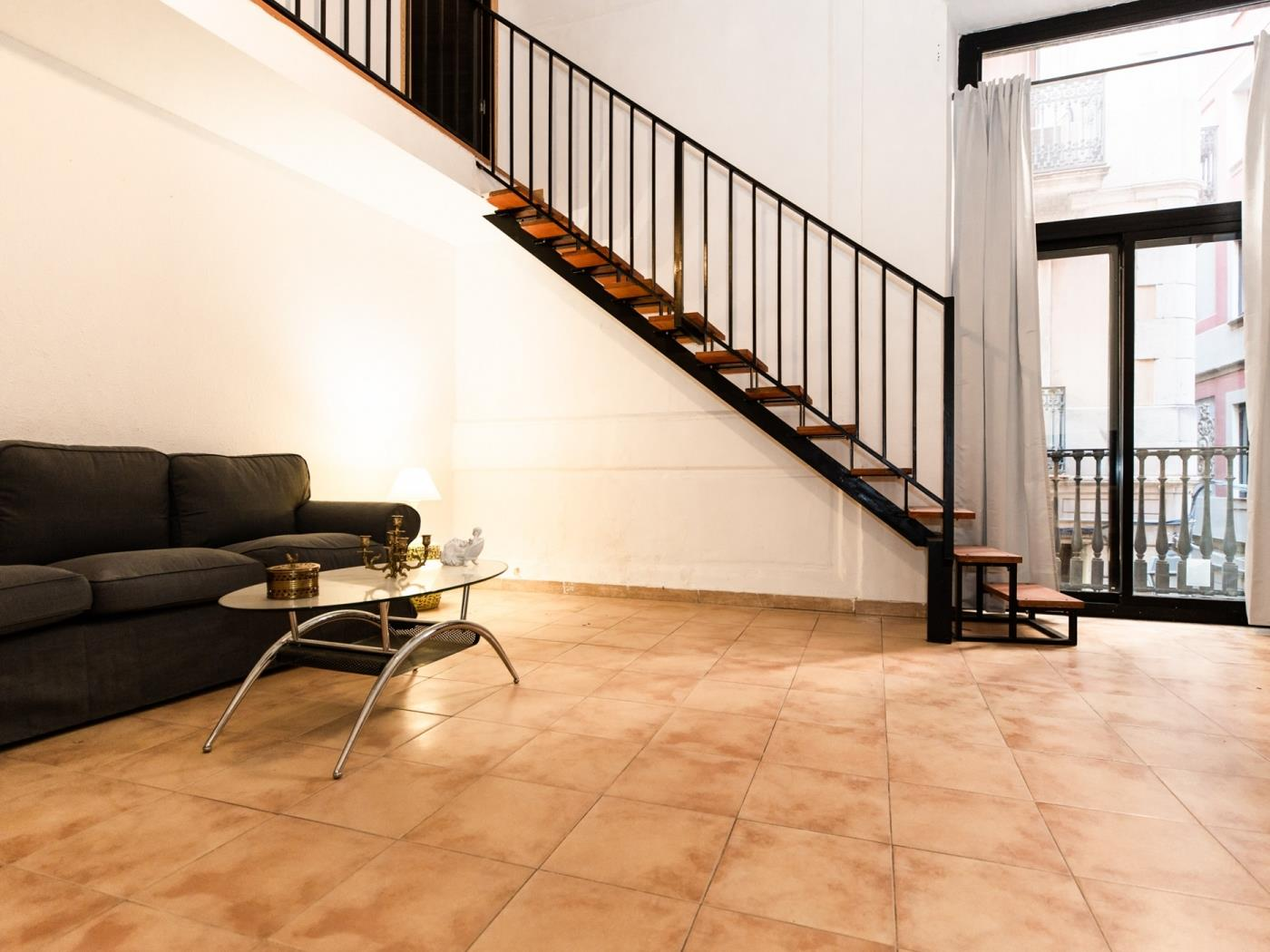 Modern duplex apartment in the centre of Barcelone for ...
